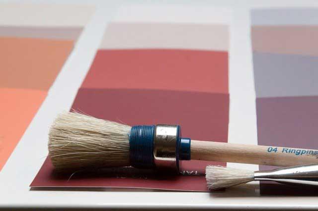 Den richtigen Malerpinsel auswählen