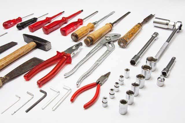Wichtige Werkzeuge in der Heimwerker-Werkstatt
